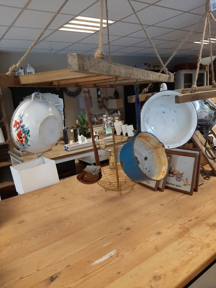 keukenrekpannenrekvan oud hout