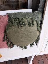 Kussen Unique Living rond groen franjes